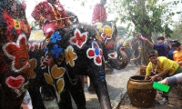 Thailand. Celebrations for the water festival of Songkran mark the start of the Thai New Year in Ayutthaya