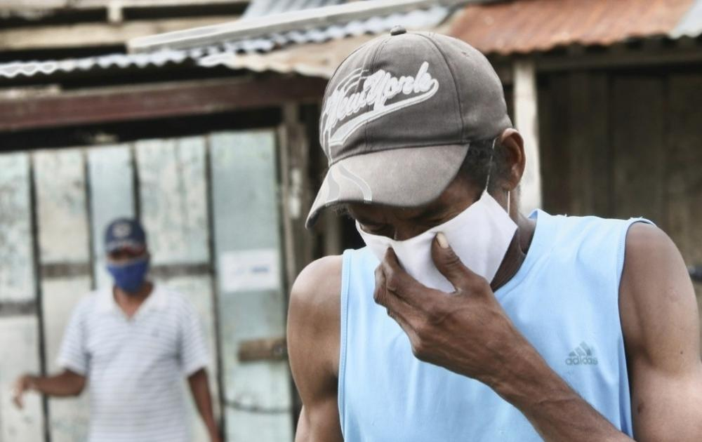 A man wearing a mask against the spread of the coronavirus in Guayaquil, Ecuador.