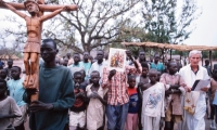 Fr. Joseph Pellerino during a procession in Mapuordit. About fifty Comboni missonaries are present in South Sudan.