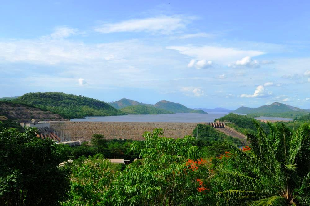 Akosombo Dam' s electric output serves 90% of national demand.