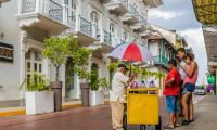 An ice cream seller in Panama City. Photo: chrispictures/123RF