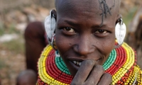 Turkana jewellery is made of glass, seeds, shells, iron or tin.