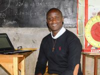Franciscan friar from Kenya wins Global Teacher Prize